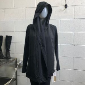 Lululemon black Blissed Out Wrap sz 2 NWT 61569